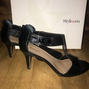 Style & Co Shoes - Style & Co. Black heels